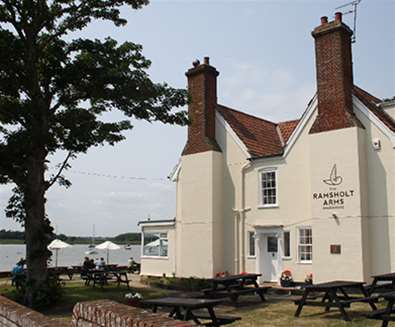 FD - The Ramsholt Arms - View