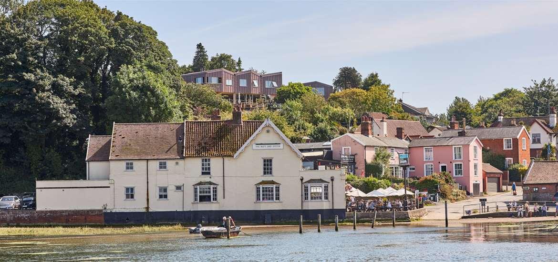 The Butt & Oyster - Pin Mill - Suffolk