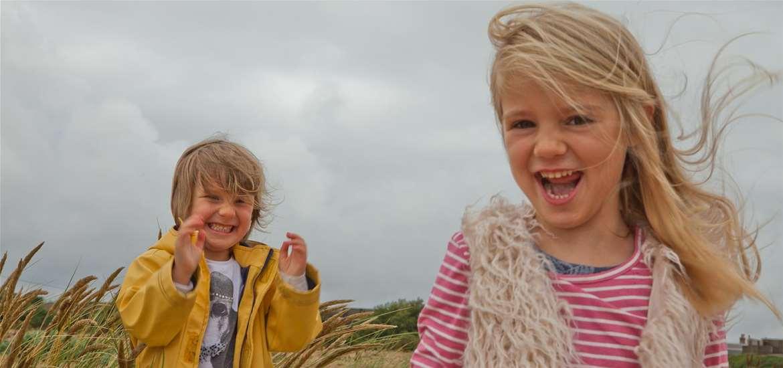 TTDA - Landguard - Girls on beach