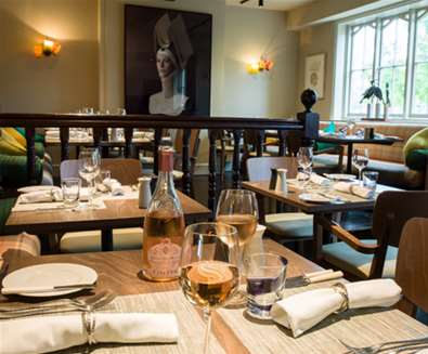 FD - Crown & Castle - Restaurant