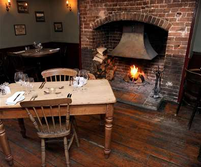 FD - The Westleton Crown - Table and Fire