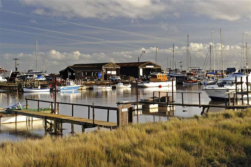 Towns & Villages - Walberswick - Blyth estuary (c) Gill Moon Photography