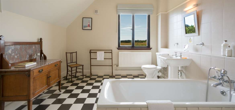 WTS - Kyson Apartment - Bathroom