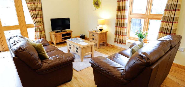 WTS - Lodge Farm Cottages - Living Room