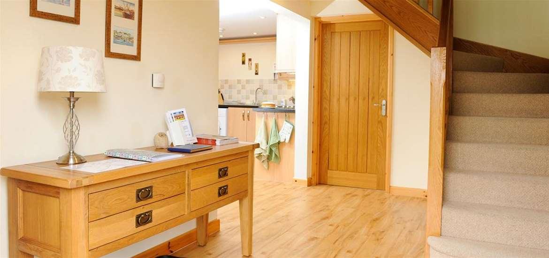 WTS - Lodge Farm Cottages - Hall