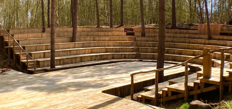 TTDA - Thorington Theatre - Stage