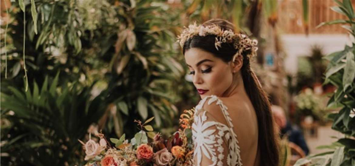 Weddings - Urban Jungle - Bride with floral crown