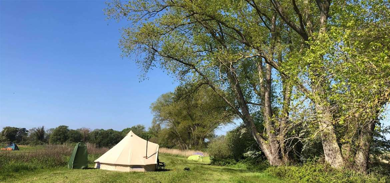 WTS - Wild Riverside Camping - yurt