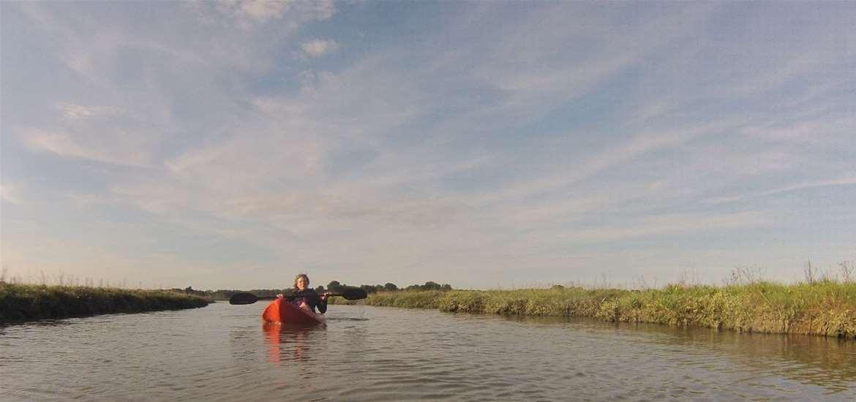 TTDA - Airborne Kitesurf - Paddling on river