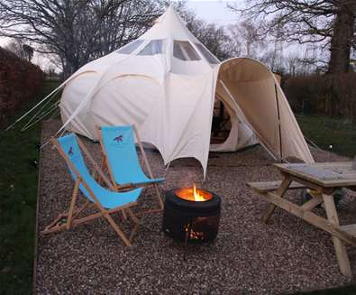 WTS - Manor Farm Knodishall - Bell tent with deck chairs