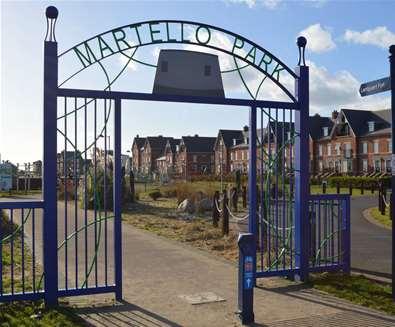 Towns & Villages - felixstowe - Martello Park