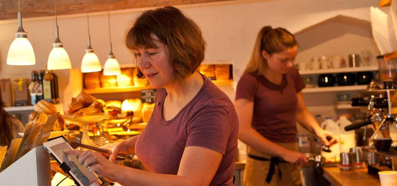 FD - Pump Street Bakery - Ladies serving