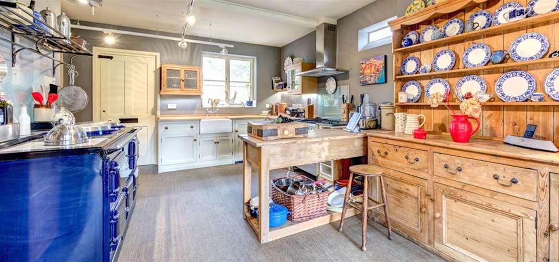 WTS - Original Cottages - Kitchen