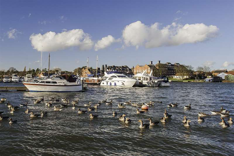 Towns & Villages - Oulton Broad - boats