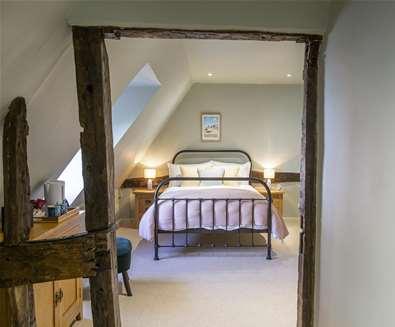 WTS - The Cross Keys - Bedroom