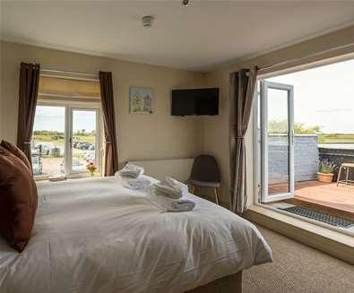 WTS - The Sail Loft - Bedroom with balcony