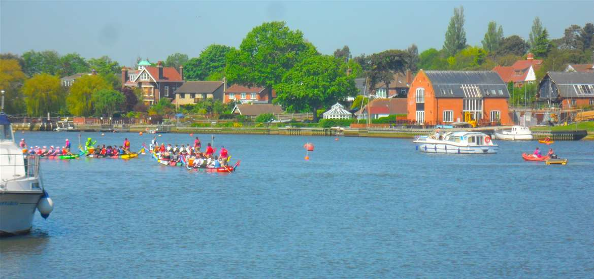 Oulton Dayboats - Attractions