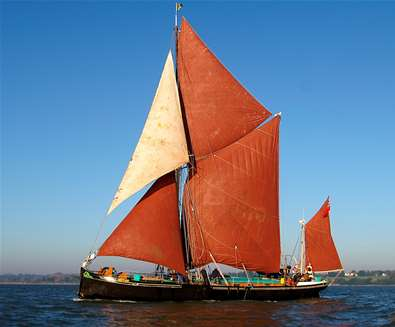 Suffolk Cream Tea Barge Cruise