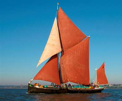 Rivers and Waterways - River Orwell - Sailing Barge Victor