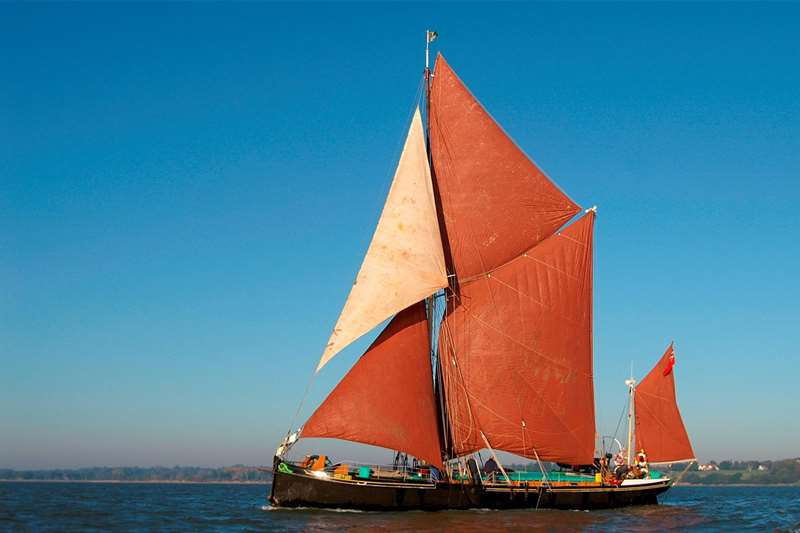 TTDA - Sailing Barge Victor - boat on water