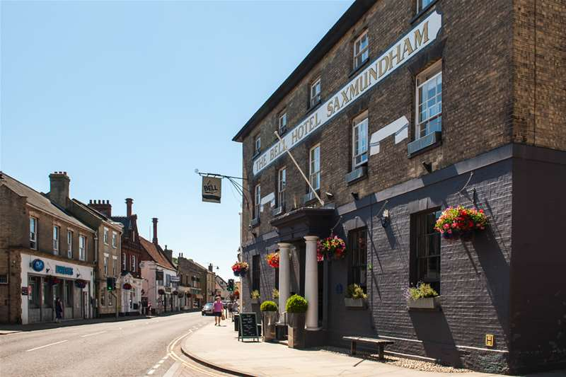 Towns & Villages - Saxmundham - The Bell