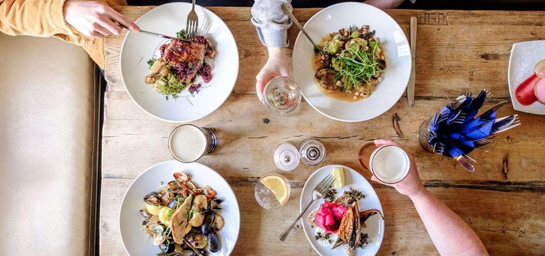 FD - The Bell Walberswick - food plates