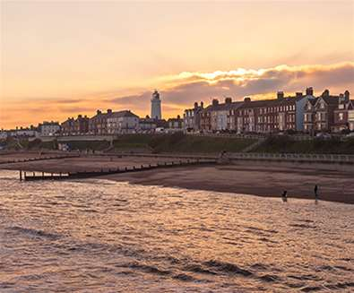 Southwold Promenade - (c) Gill Moon Photography