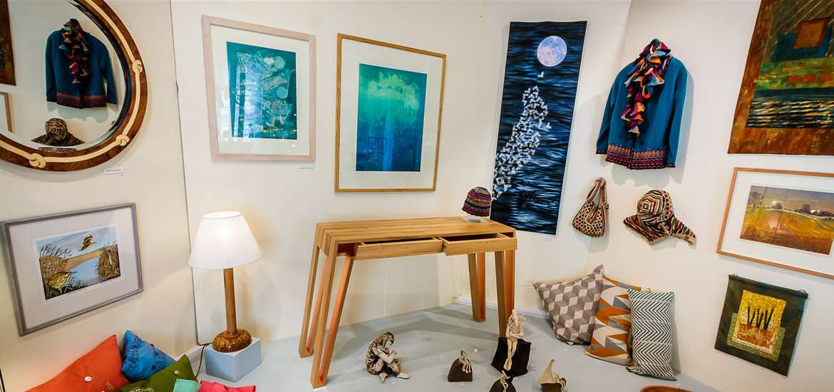 Things to Do - Attractions - Suffolk Craft Society - Textiles and Paintings