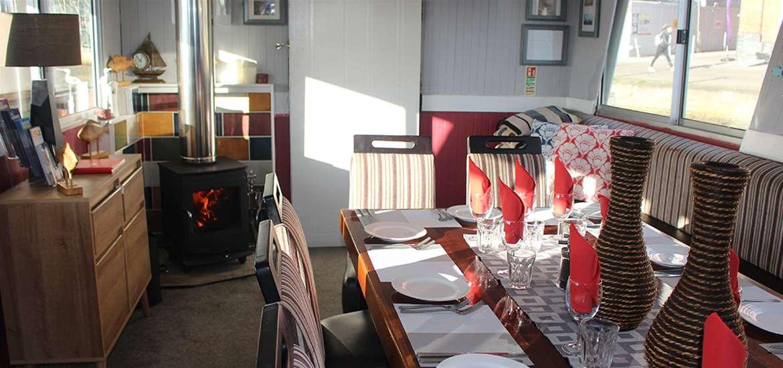 TTDA - Allen Gardiner River Cruise Restaurant - Dining room