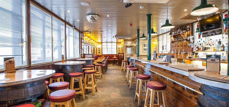 TTDA - Briarbank Brewery & Bar - Main bar 2