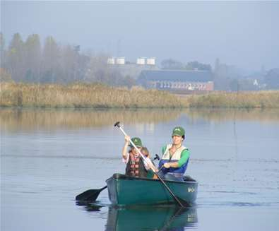 TTDA - Iken Canoe - Woman in canoe