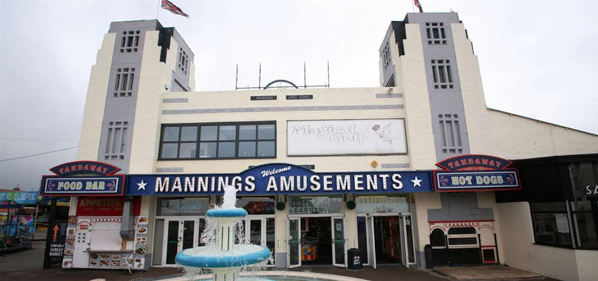 TTDA - Mannings Amusements - Exterior