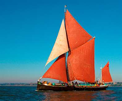TTDA - Sailing Barge Victor - Boat with Sails