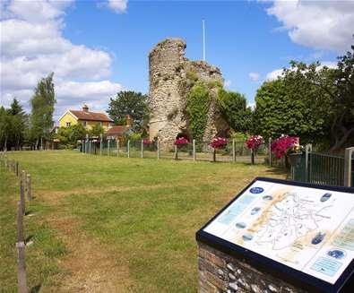 Bungay Castle - Jon Gibbs