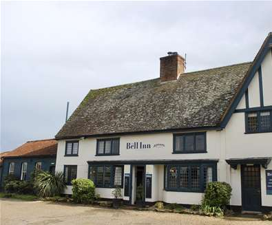 WTS - The Bell Inn - Exterior in summer