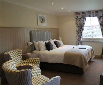 WTS - The Crown Southwold - Bedroom