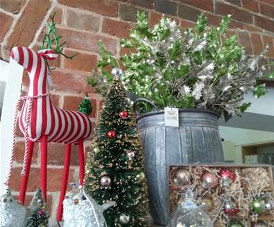 TTDA - Snape Maltings - Christmas Shop