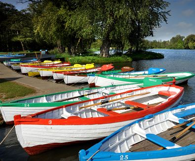 Thorpeness boats