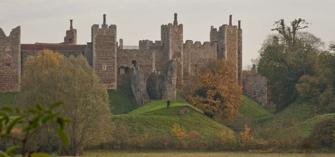 Framlingham Castle and Meare - Emily Fae Photography