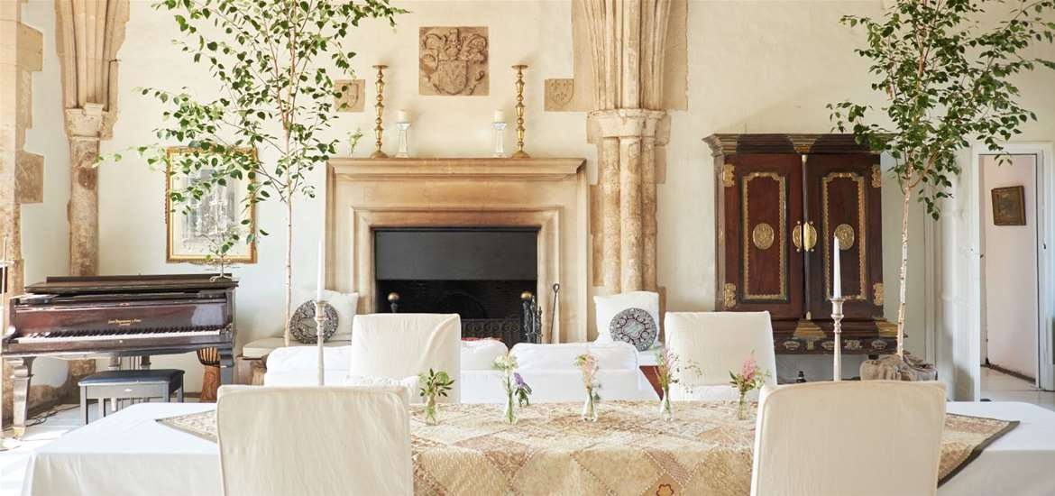 WED - Butley Priory - Ceremony table