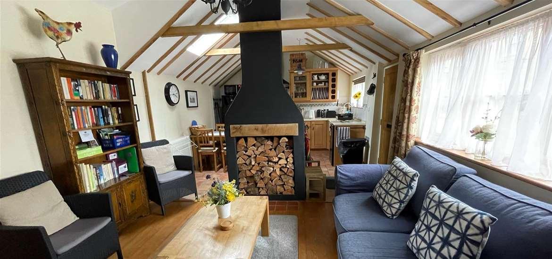 All Seasons Cottage Holidays Lounge