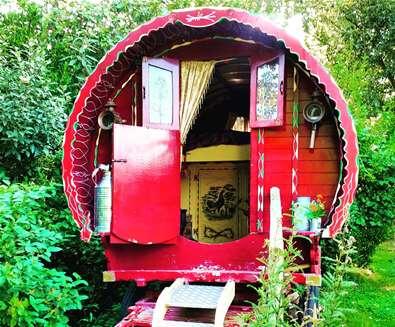 WTS - Gypsy Hollow - Caravan
