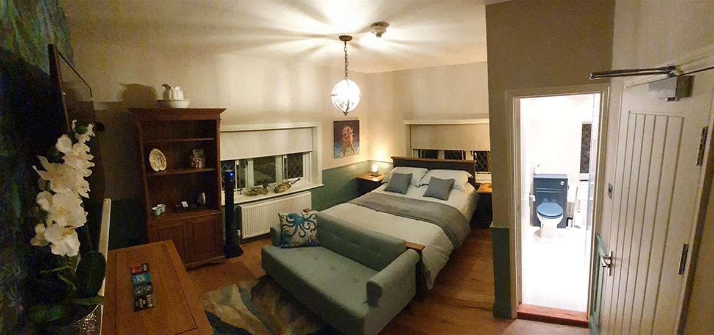 WTS - Mill Inn - Bedroom