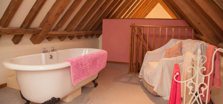 WTS - Old Hall Farm Barns - Bathroom