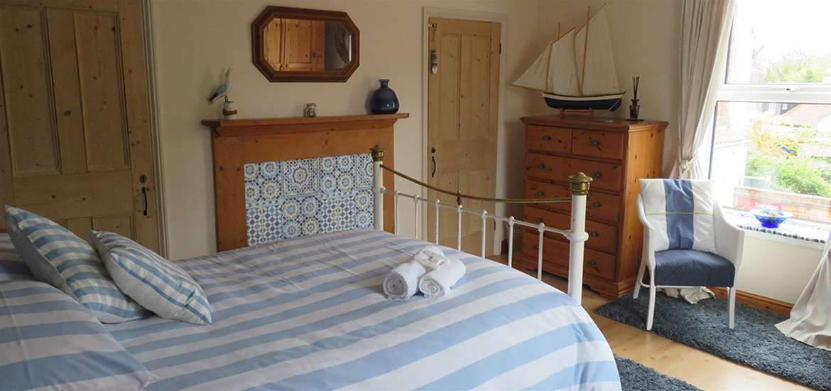 WTS - The Old Post Office - Geldeston -Bedroom