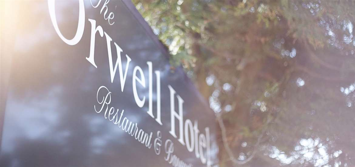 WTS - The OrwellHotel - Sign