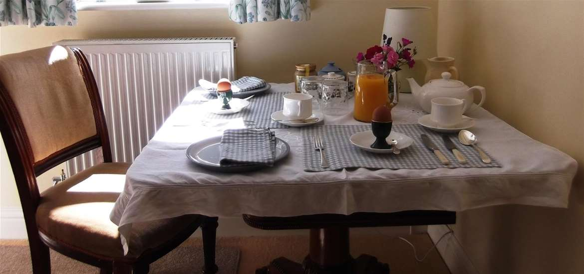 WTS - Willow Tree Cottage B&B - Breakfast