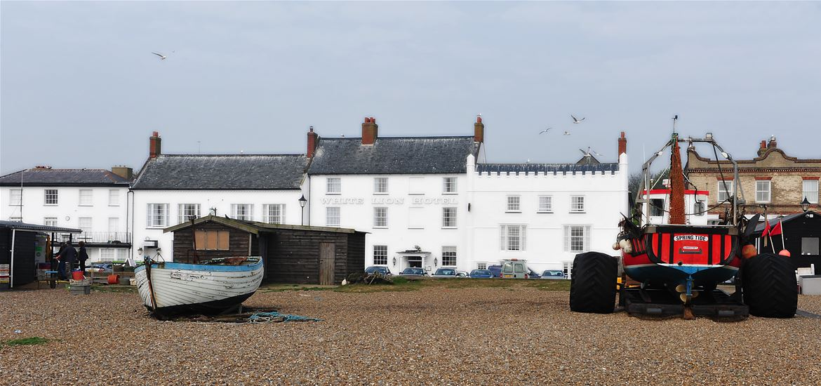 The White Lion Hotel Aldeburgh Beach View