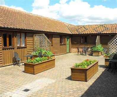 WTS - Wissett Farm Holidays - Courtyard