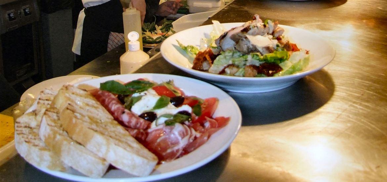 Cafe Bencotto - Food